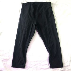 Lululemon black align cropped leggings size 10